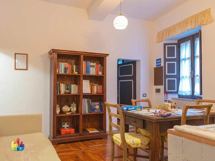 maison-san-francesco-ampio-soggiorno