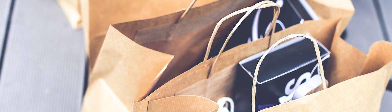 Shopping & Negozi Tipici a Sutri - Artigianato, Gastronomia e Abbigliamento