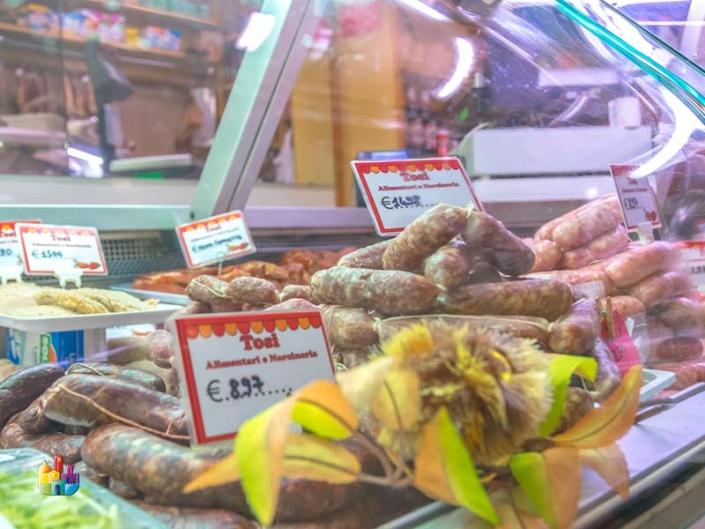 tosi-norcineria-generi-alimentari