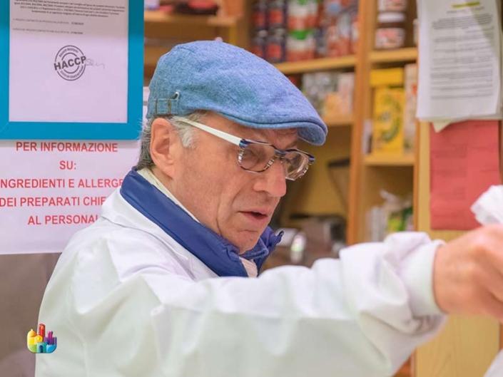 tosi-norcineria-scapicollato-cotica-salsa